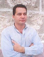 El escritor cubano Angel Santiesteban, autor del libro de relatos sobre Angola Sur: Latitud 13
