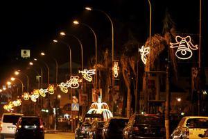 Ambiente navideño en las calles de Luanda