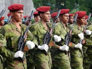 Boinas rojas cubanas