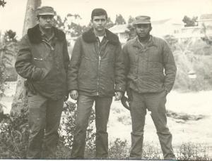 De izquierda a derecha, los pilotos Silvio Gonzalez Mojena, Mario Riva Morales y Emilio Gonzalez Rivas (caído en combate)