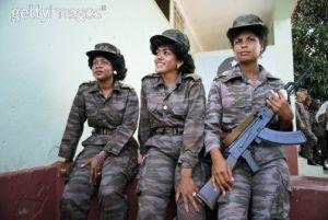 Mujeres cubanas en Angola. Foto: Getty Images
